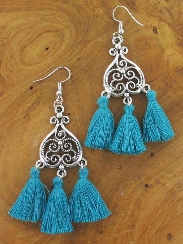Triple tassle earrings turquoise